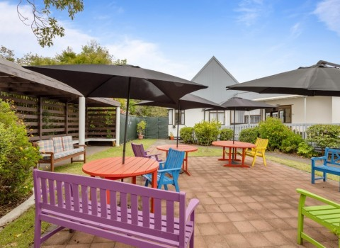 bupa-cornwall-park-care-home-2017