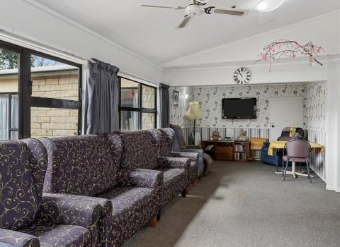 bupa-gardenview-care-home-2560