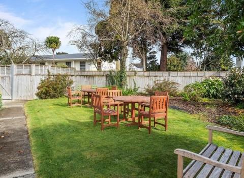 bupa-gardenview-care-home-2578