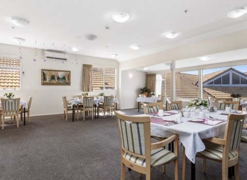 bupa-sunset-care-home-2179
