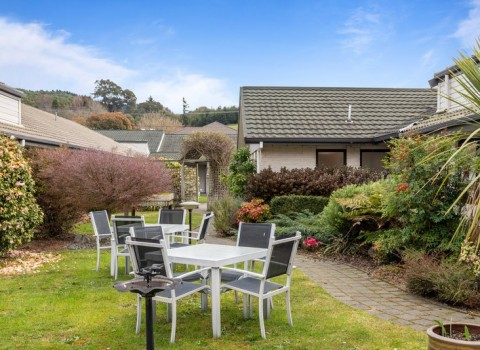 bupa-the-gardens-care-home-1