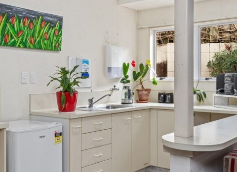 bupa-the-gardens-care-home-2541