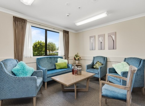 bupa-wattle-downs-care-home-2208
