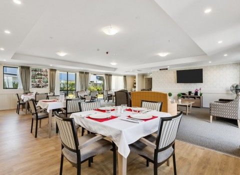 bupa-wattle-downs-care-home-2211