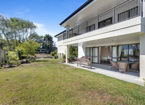 bupa-wattle-downs-care-home-2213