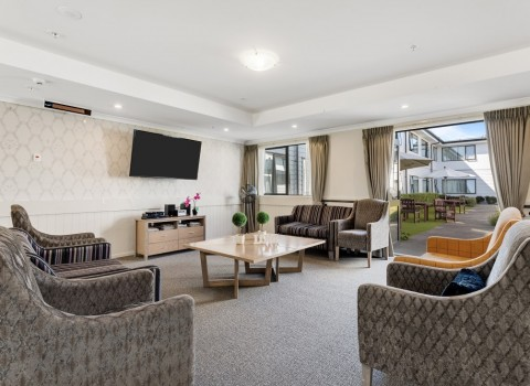 bupa-wattle-downs-care-home-2216