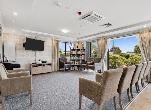 bupa-wattle-downs-care-home-2217