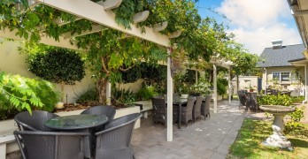 https://www.villageguide.co.nz/bupa-accadia-retirement-village-one-bedroom-apartments-5