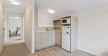 https://www.villageguide.co.nz/bupa-accadia-retirement-village-one-bedroom-apartments-7