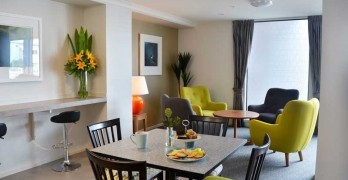 https://www.villageguide.co.nz/bupa-hugh-green-retirement-village-one-bedroom-apartments-8