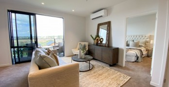 https://www.villageguide.co.nz/country-club-huapai-luxury-apartment-1