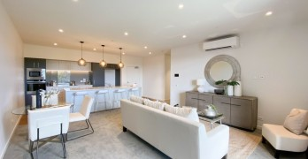 https://www.villageguide.co.nz/country-club-huapai-stylish-two-bedroom-2
