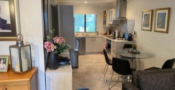 https://www.villageguide.co.nz/deverton-lifestyle-village-two-bedroom-apartments-4