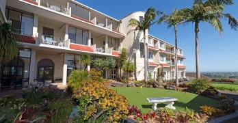 https://www.villageguide.co.nz/hillsborough-heights-metlifecare-serviced-apartments-6315