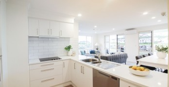 https://www.villageguide.co.nz/maygrove-village-2-bedrooms-with-views-3