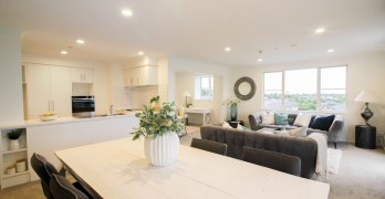 https://www.villageguide.co.nz/maygrove-village-2-bedrooms-with-views-6