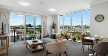 https://www.villageguide.co.nz/murray-halberg-retirement-village-perfectly-positioned-5720