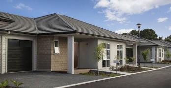 https://www.villageguide.co.nz/oakridge-villas-metlifecare-two-bedroom-villas-1