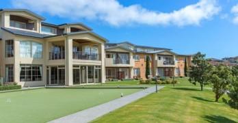 https://www.villageguide.co.nz/summerset-at-aotea-wellington-serviced-apartments-1