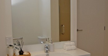 https://www.villageguide.co.nz/summerset-at-aotea-wellington-two-bedroom-apartment-10