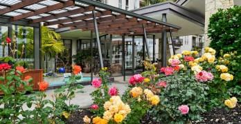 https://www.villageguide.co.nz/waitakere-gardens-metlifecare-light-bright-and-sunny-5874